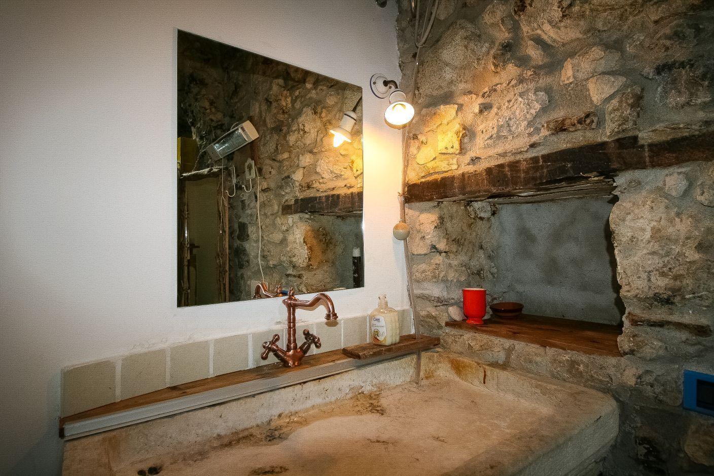 Tenno Ville del Monte - Historic village Canale di Tenno, a splendid apartment on three levels 01
