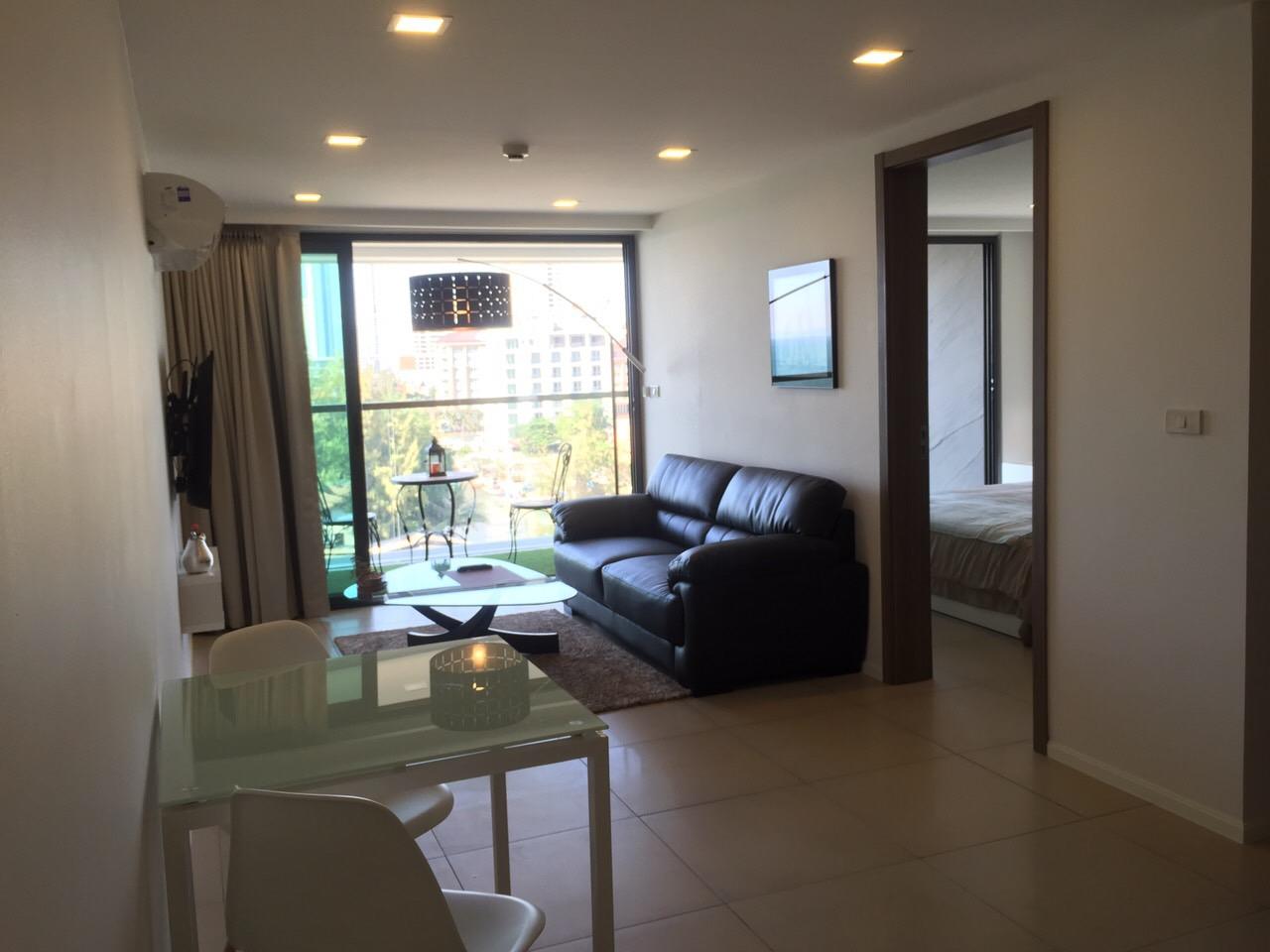 芭堤雅 - Waters Edge Pattaya Condominium 01